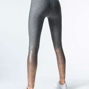 Beyond Yoga alloy ombré high waisted midi legging
